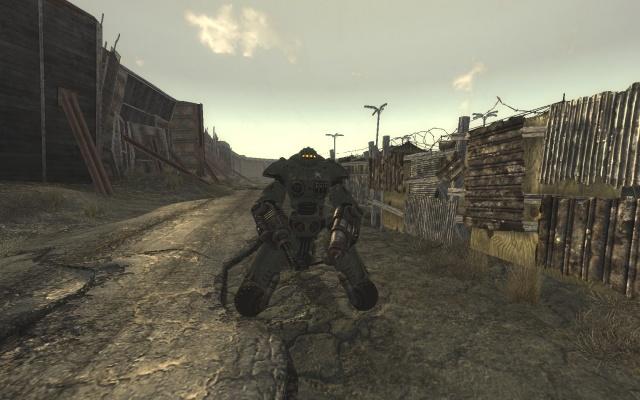 Camp Mc Carran : Robot Sentinelle patrouillant